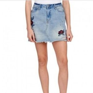 Coco + Jaimeson distressed embroidered jean skirt